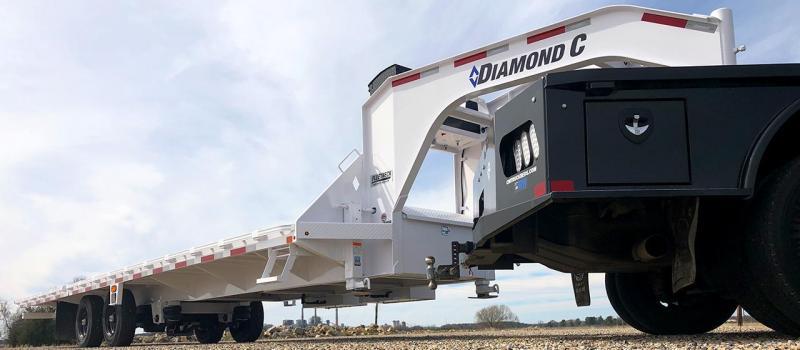 2020 Diamond C FMAX210SS 32' Hydraulic Dovetail Air Ride Trailer