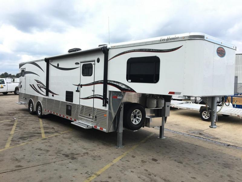 2017 Sundowner Aluminum 38' Pro Series Toy Hauler Trailer