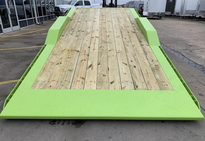 2020 Midsota TBWB-22' Wide Body Split Deck Tilt Equipment Trailer