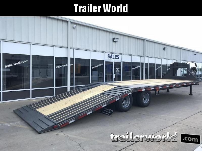 2020 Diamond C FMAX210 32' Hydraulic Dovetail Gooseneck Flatbed Trailer