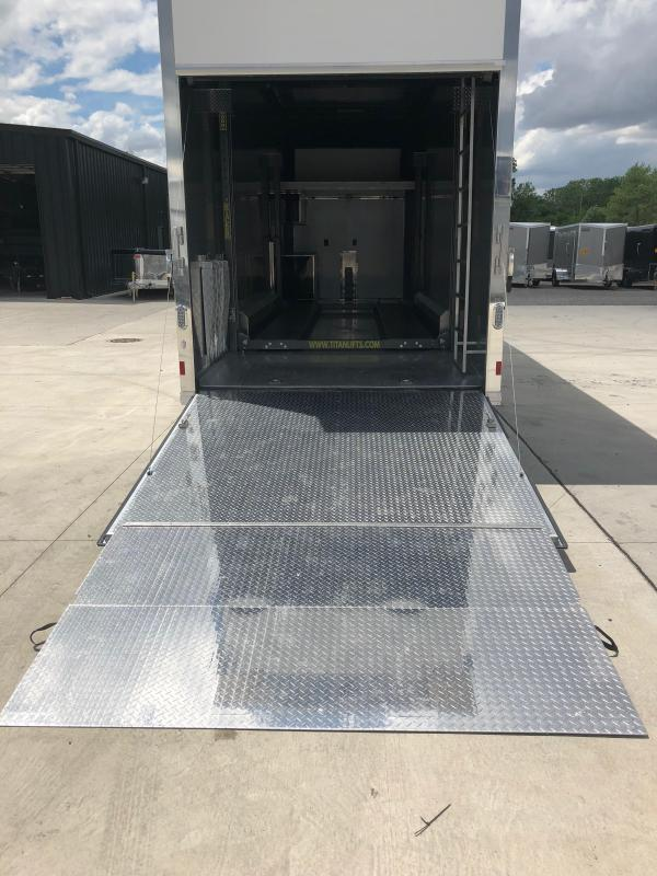 2019 Sundowner Sunlite 8.5X32 *Stacker*