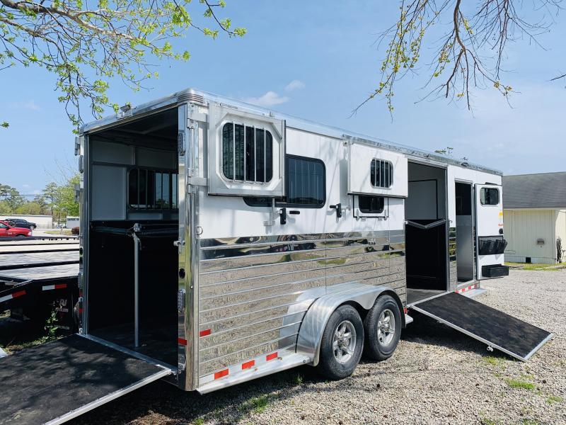 2020 Sundowner Trailers CHARTER TR-SE 2+1 Horse Trailer