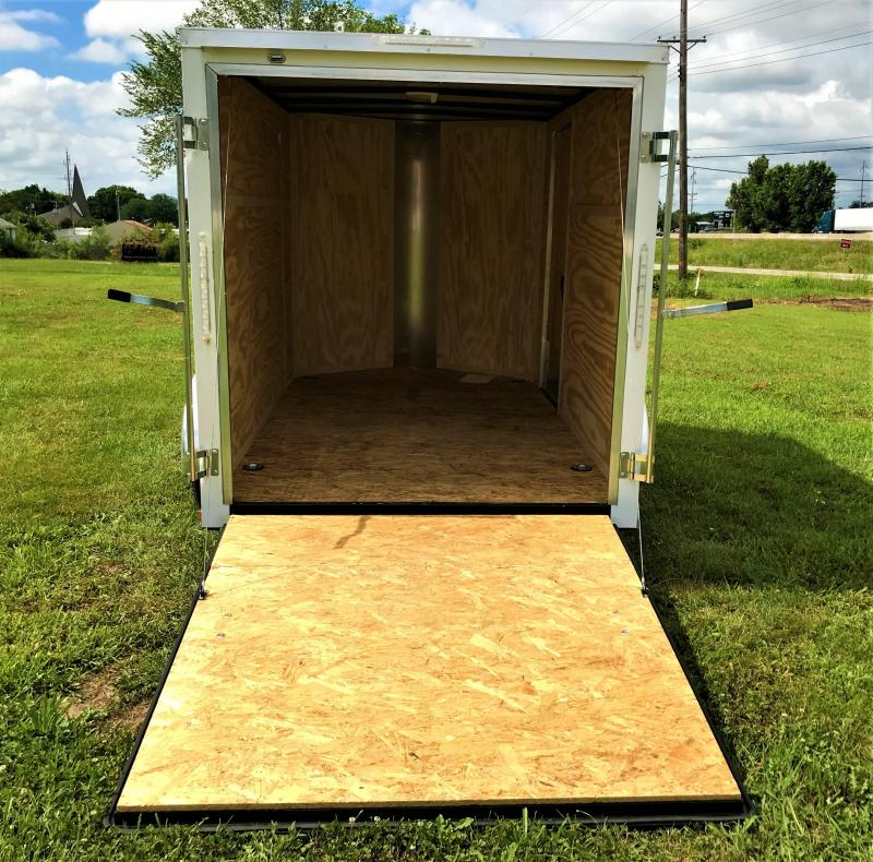 6 X 10  Doolittle Trailer Mfg  Enclosed Cargo Trailer