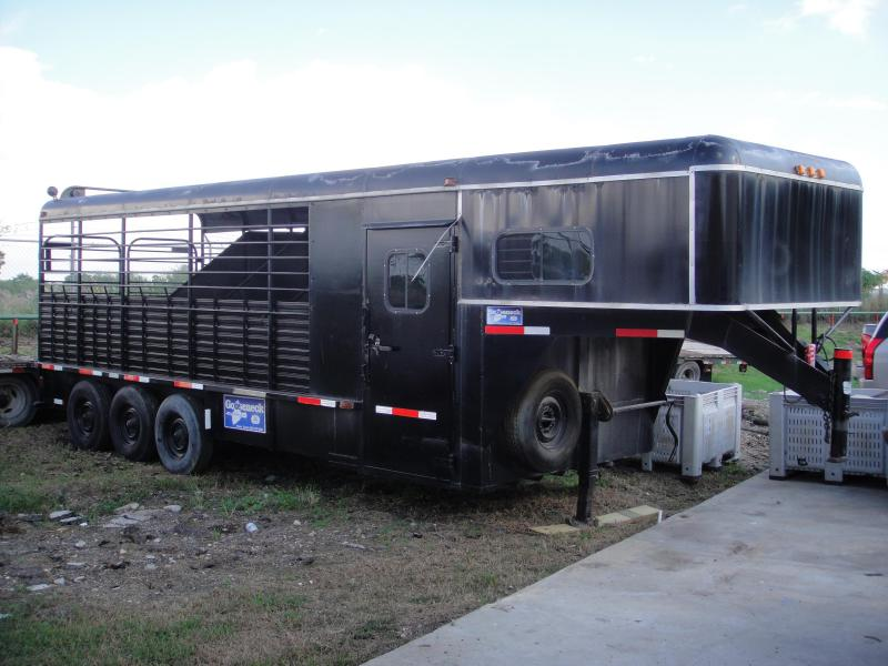 2009 Other 5 CATTLE / HORSE TRAILER Livestock Trailer
