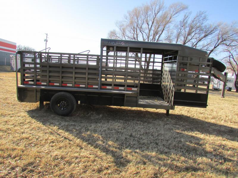 2018 Travalong 16' 1/2 TOP Livestock Trailer