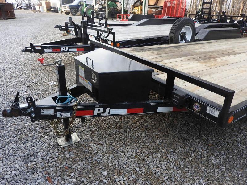 2019 PJ Trailers CE 20 Equipment Trailer
