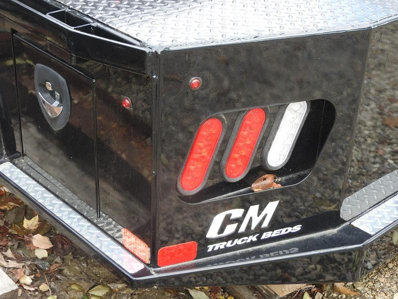 CM SK 11'4/94/84/34 SD Truck Bed / Equipment