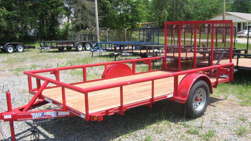 2018 Texas Bragg Trailers 6' X 12' (77' wide) Pipe Top