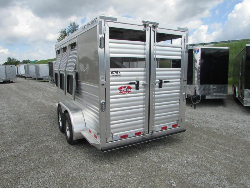 CM 3 Horse Slant Load Trailer