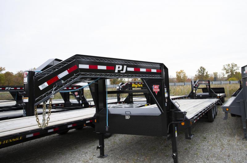 2020 PJ Trailers 32 Tri Axle Gooseneck Flatbed Trailer