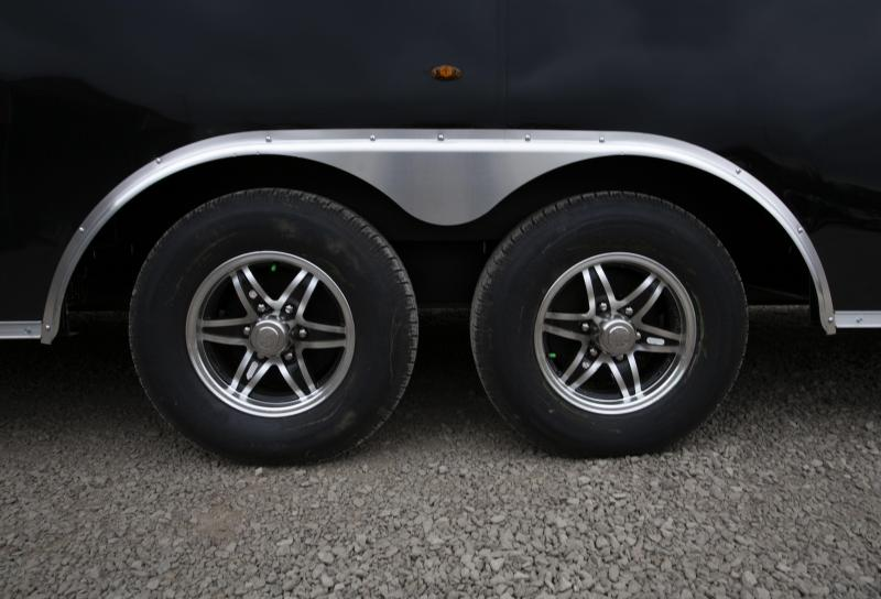 2020 Interstate 28 ft Car / Racing Trailer