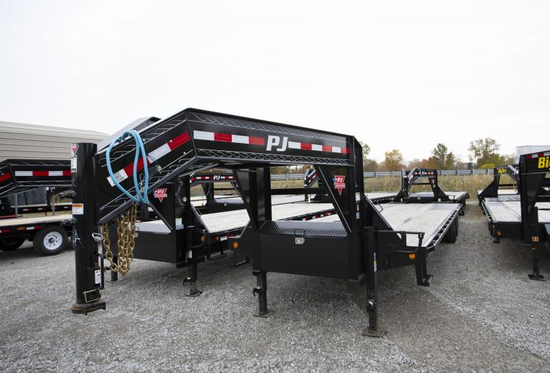 2020 PJ Trailers 32 ft Heavy Duty Gooseneck Flatbed Trailer