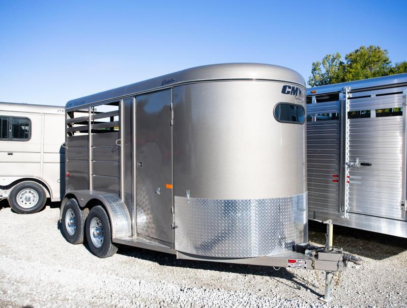 2020 CM 2 Horse Livestock Trailer