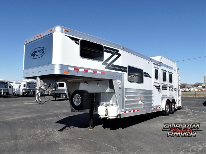 2012 4-Star Trailers 3H Trailer w/ 8' Short Wall LQ Horse Trailer