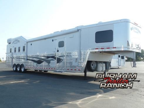 "2014 Bloomer 4H w/ 18' SW and 6'6"" Slide Out Horse Trailer"