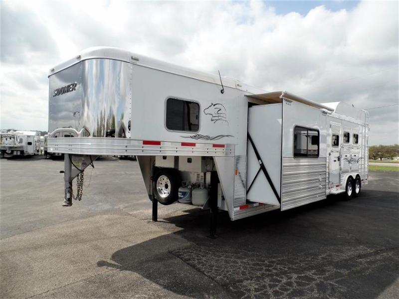"2016 Sooner 3H w/ 15' Short Wall LQ & 6'6"" Slide Out Horse Trailer"