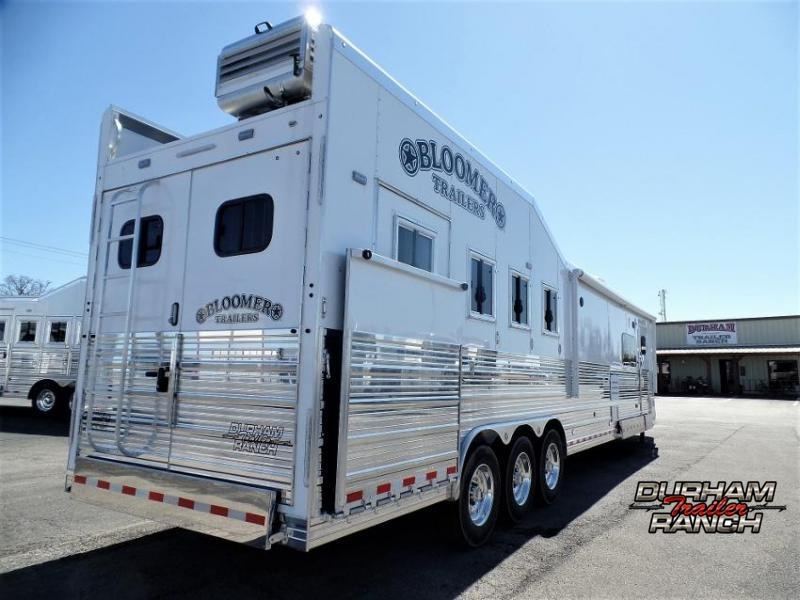 "2020 Bloomer 4H PC Load Trailer w/ 18'9"" Short Wall LQ Horse Trailer"