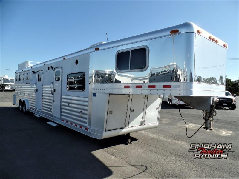 2002 4-Star Trailers 4H Gooseneck w/ 12ft Short Wall Horse Trailer
