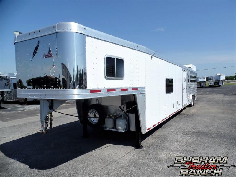 2016 Featherlite 38 ft. Stock w/ Bunk Room LQ Livestock Trailer