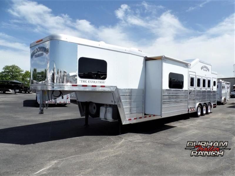 """2018 Bloomer 4H w/ 15'11"""" Short Wall LQ and 6' Hyd. Slide Out Horse Trailer"""