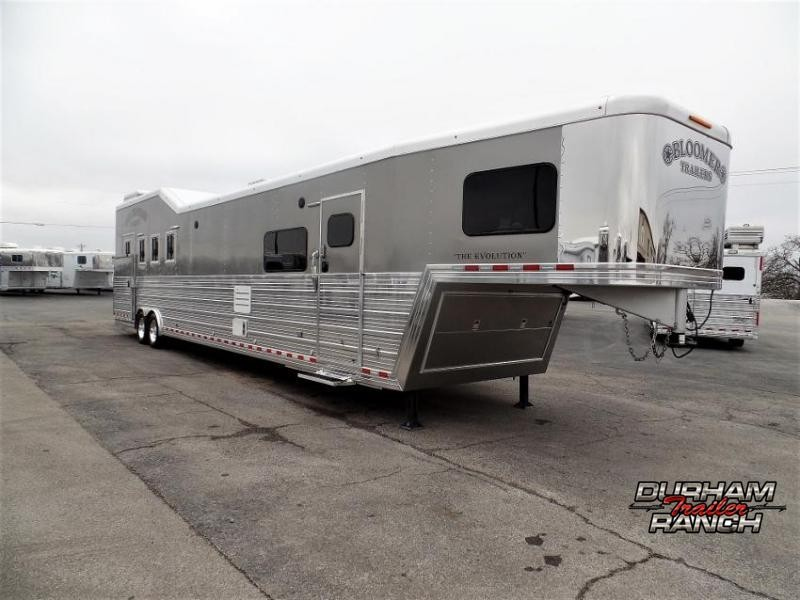 2014 Bloomer 4Horse Trailer w/ 18' Short Wall & 7' Hyd. Slide Horse Trailer