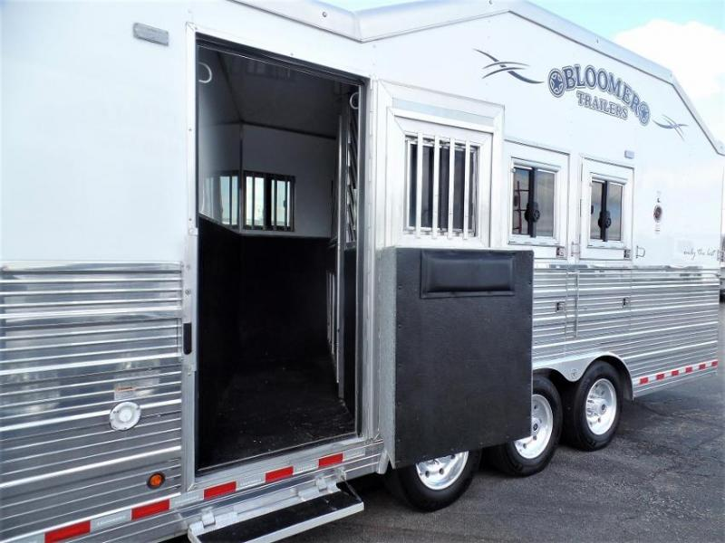 """2017 Bloomer 4Horse w/ 19'6"""" SW & 6' Hyd. Slide Out Horse Trailer"""