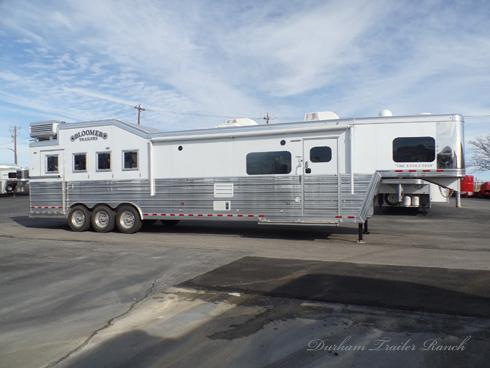 2019 Bloomer 4H PC Load 16.5 Short Wall Horse Trailer