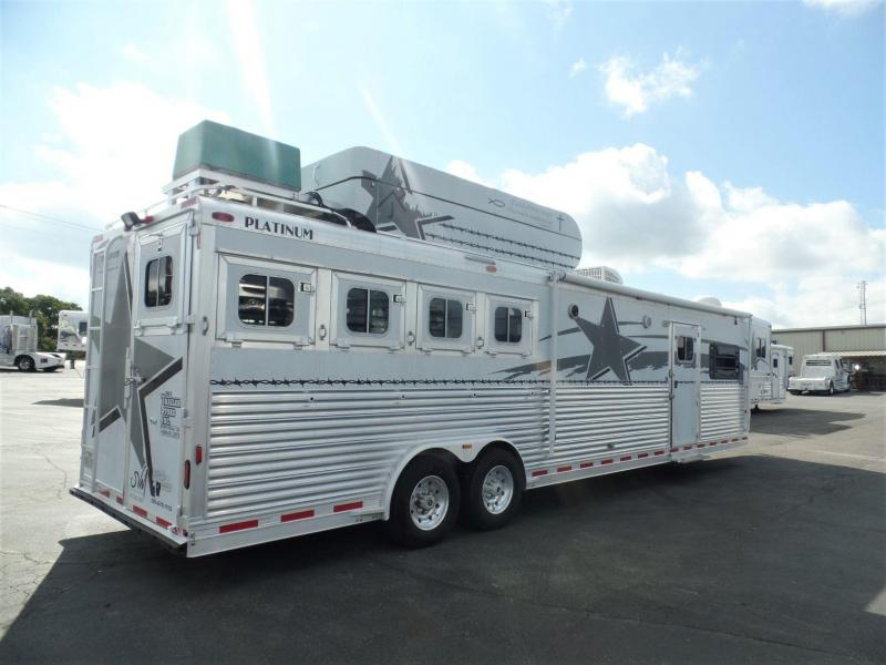 "2004 Platinum Coach 4H Conventional Load w/ 15'8"" Short Wall Horse Trailer"