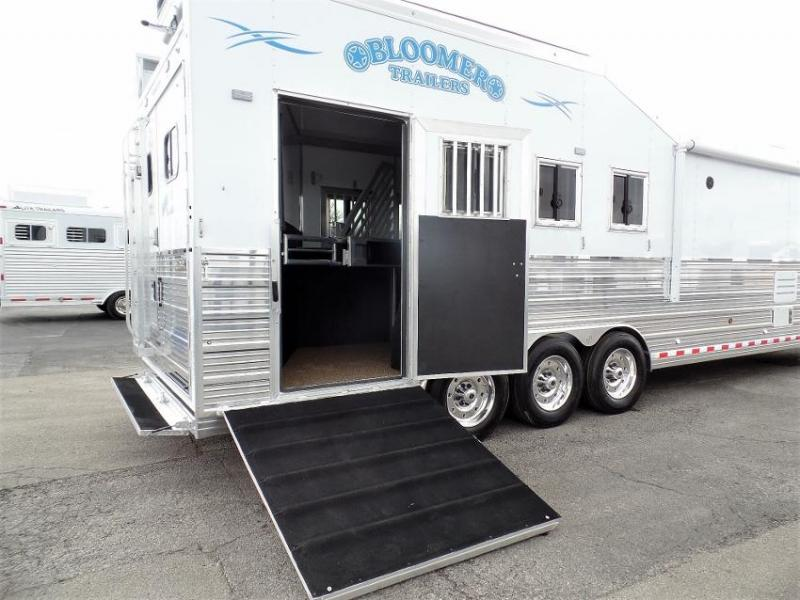 2020 Bloomer 4H PC Load w/ 18.5' SW LQ & 10' Hyd. Slide Horse Trailer