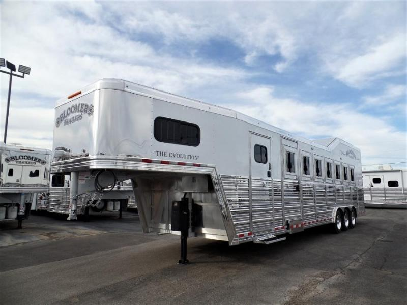 2020 Bloomer 7Horse Trailer w/ 6ft SW Dressing Room Horse Trailer