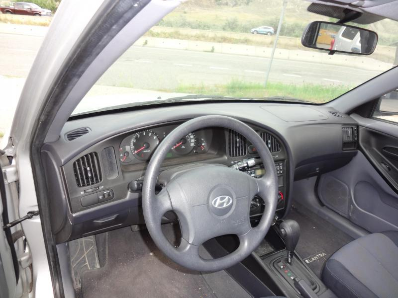 2005 Hyundai Elantra Car
