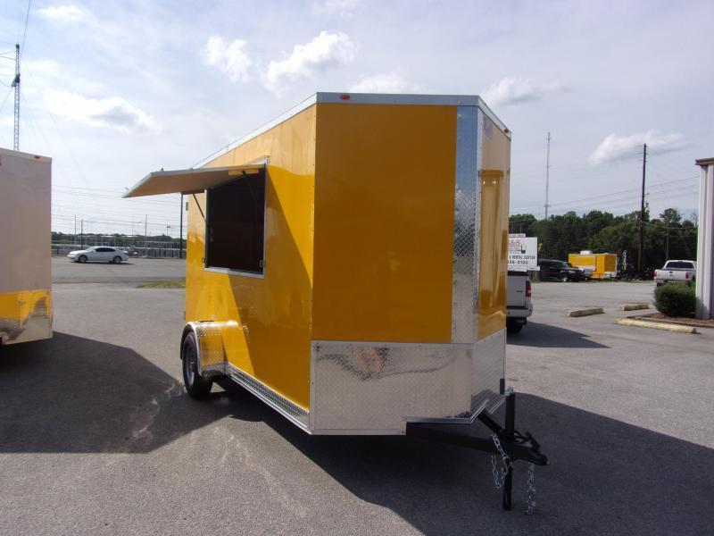 2019 EagleCargo Trailers 6x12 7' 3x6 Window WHITE Enclosed Cargo Concesion