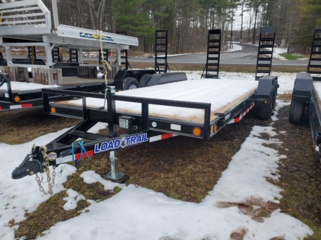 2020 Load Trail CH8320052 Equipment Trailer