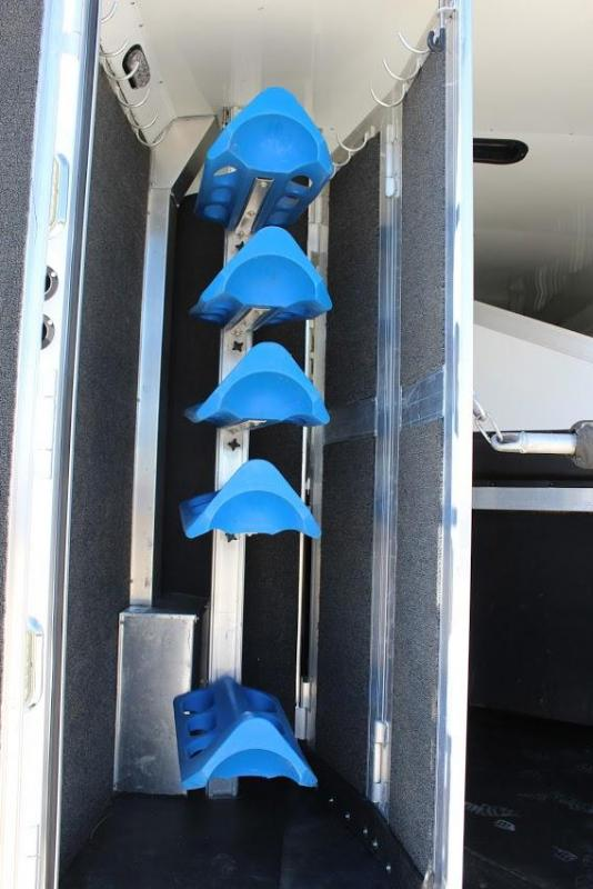 2014 Blue Ribbon Trailers 14' Living Quarter Horse Trailer