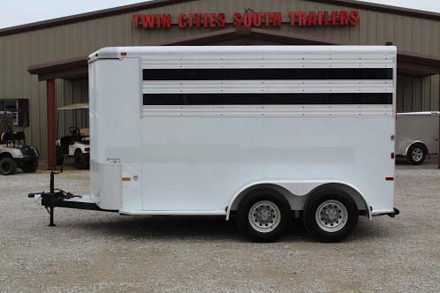 2004 Sundowner Trailers stock/combo Horse Trailer