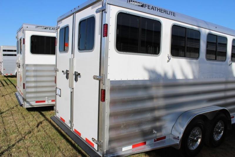 2020 Featherlite 8541 Horse Trailer