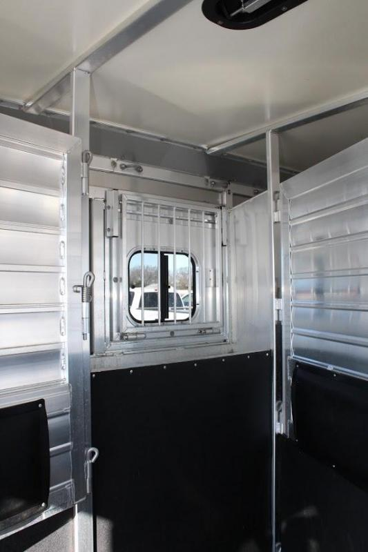 2012 Hart 3 horse with 17' LQ