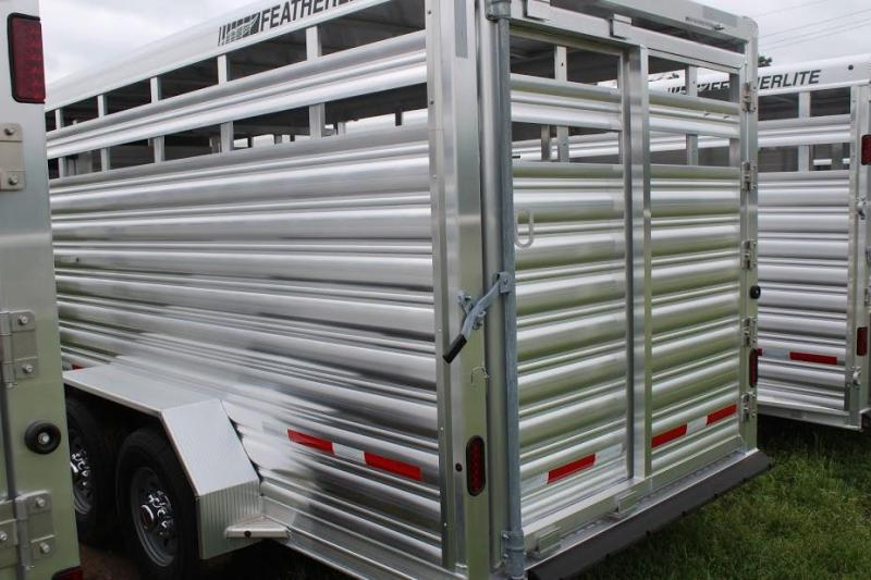2019 Featherlite 8117 Livestock Trailer