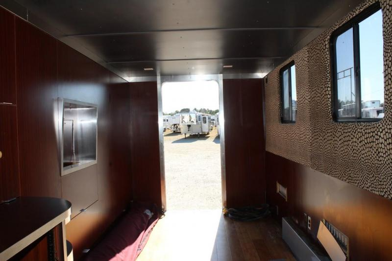 2009 Wells Cargo Cargo Enclosed Cargo Trailer