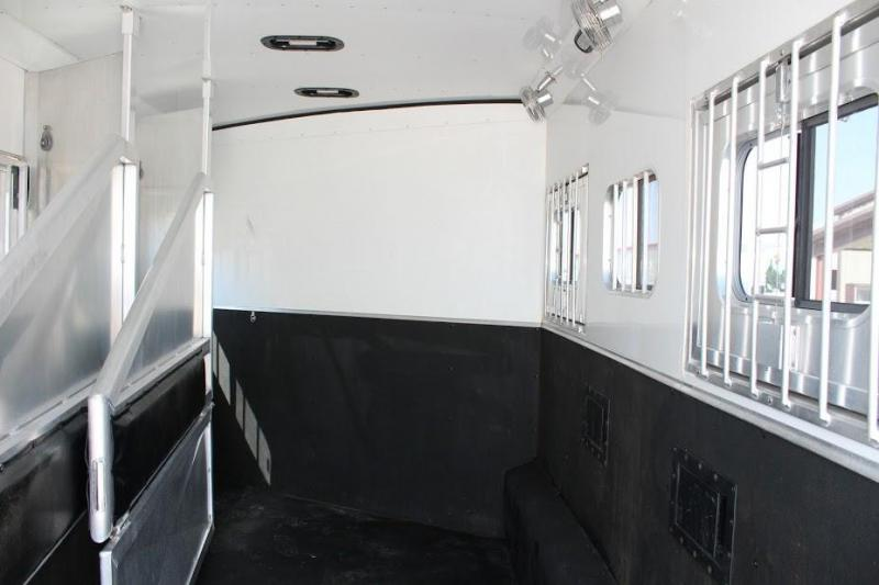 2009 Exiss 4 horse with 18' LQ with Slide Out