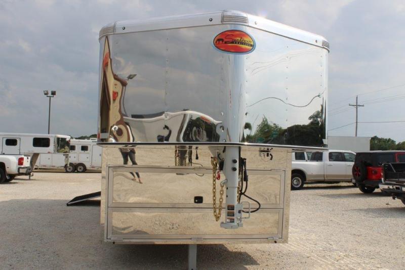 2020 Sundowner 6 horse Gooseneck