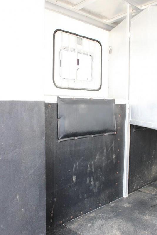 2001 Exiss 3 horse with 11' Living Quarter
