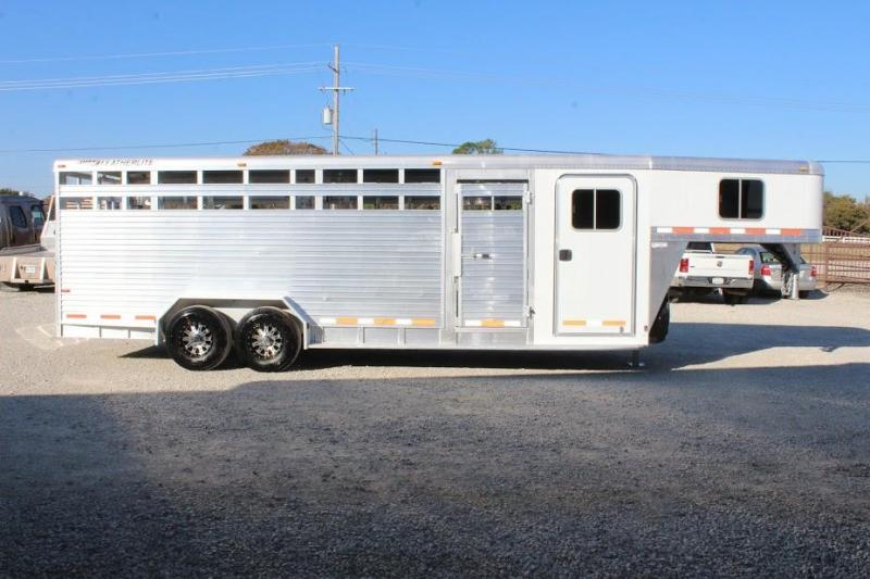 2007 Featherlite stock/combo Livestock Trailer