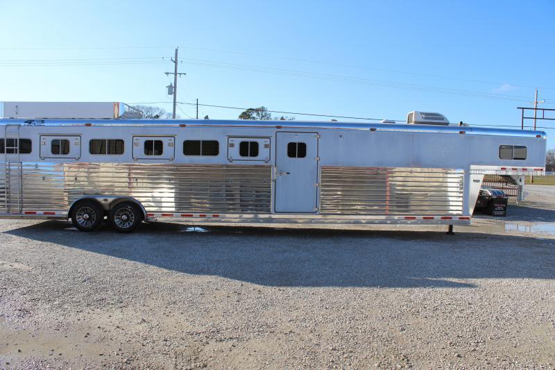 2012 4-Star 7 horse slant gooseneck