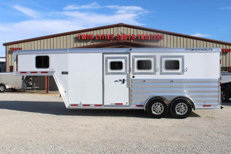 2020 Featherlite 8542 Horse Trailer