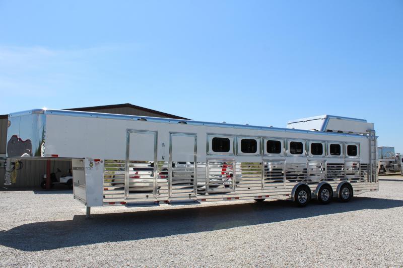 2020 Sundowner Trailers Rancher Horse Trailer