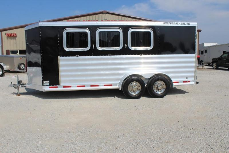 2016 Featherlite 9409 Horse Trailer