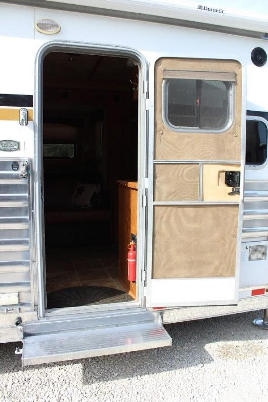 """2012 4-Star Trailers 13'6"""" LQ Horse Trailer"""
