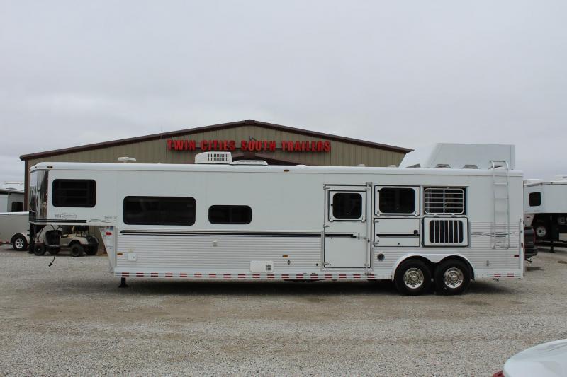 2006 Sundowner Trailers Signature Series Horse Trailer
