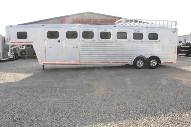 1998 Hart Trailers Dressing Room Horse Trailer
